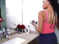 Ebony Hottie Julie Kay Blows Boyfriends Big Cock